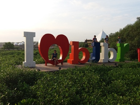 Wisata BJBR ( Bejay Bakau Resourt )- Wisata Pantai di Probolinggo