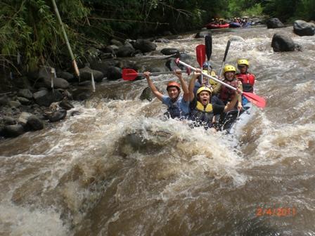 Wisata di Rafting Kaliwatu Batu Rafting