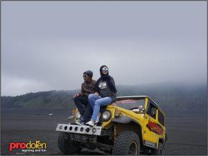 bromo-wisata bromo-jeep bromo-paket wista bromo batu malang 2 hari 1 malam-wisata batu-prodolen-bromo midnight